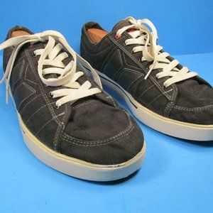 Macbeth Manchester Limited Edition Size 12